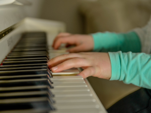 Critical Benefits of Home Music Lessons for Your Children
